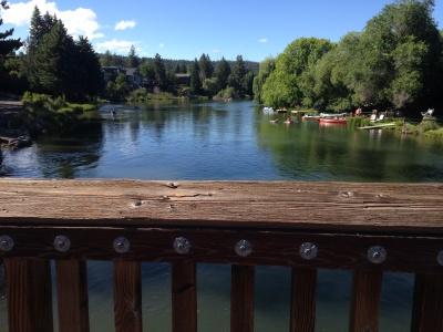 Bend Oregon deschutes river homes