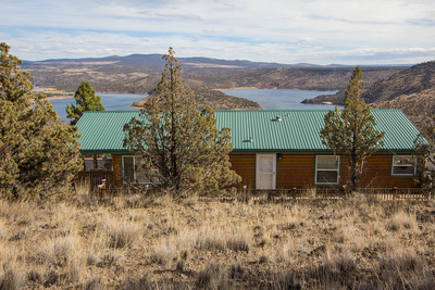 home and shop with views of Prineville Reservoir